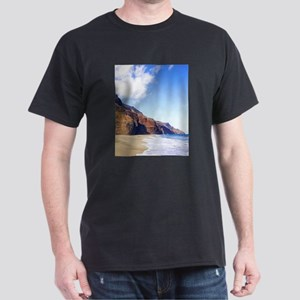 Kalalau Beach Kauai Hawaii Dark T-Shirt
